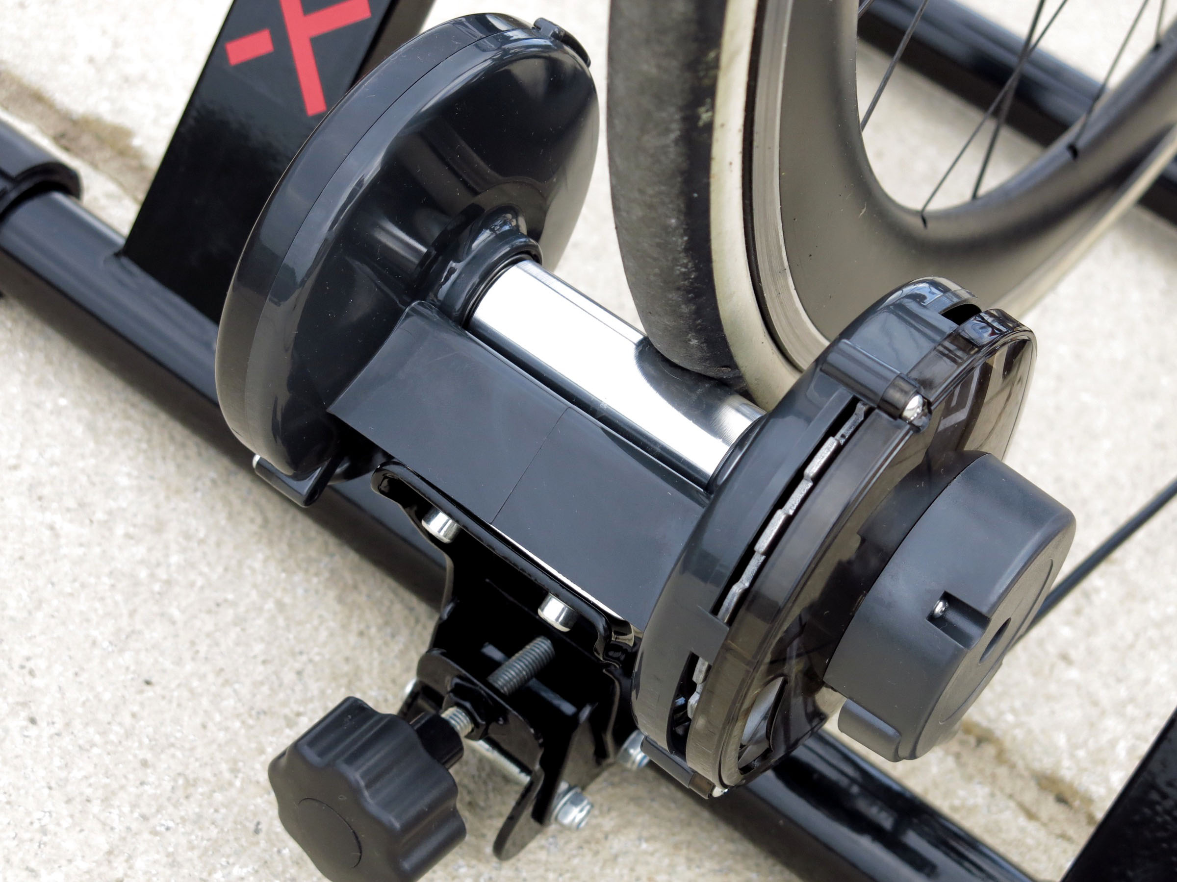 Review: Brand-X TT-01 Magnetic Turbo Trainer incl Riser | road cc