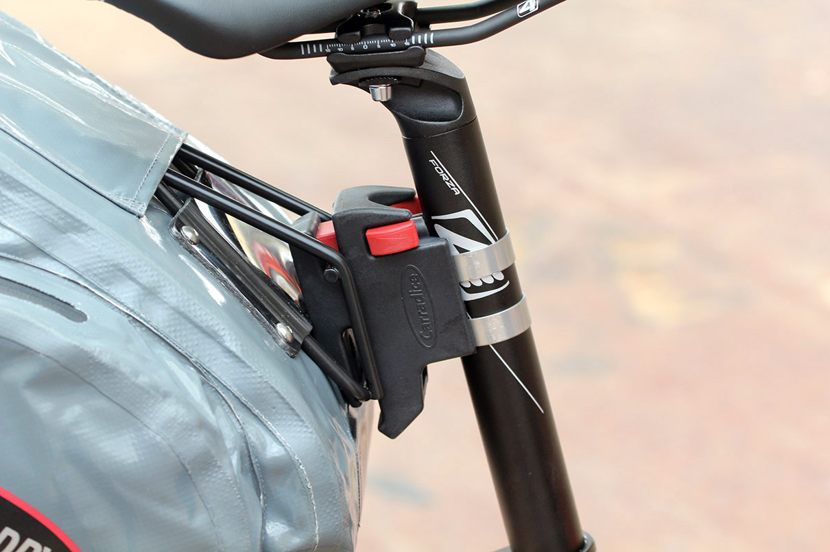 Bicycle Seat Bag /& Clip Behind-the-Saddle Forzza Carbon MINI CLEARANCE SALE