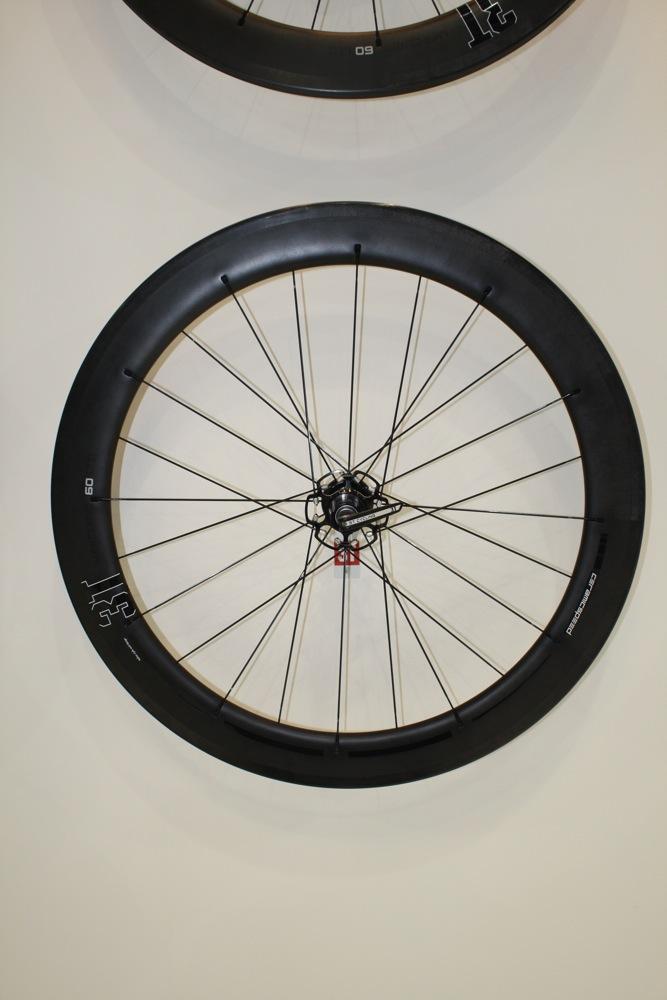 ZTTO Mountain Road Bike Thread Ceramic Bearing Bicycle External Bearing V3C3