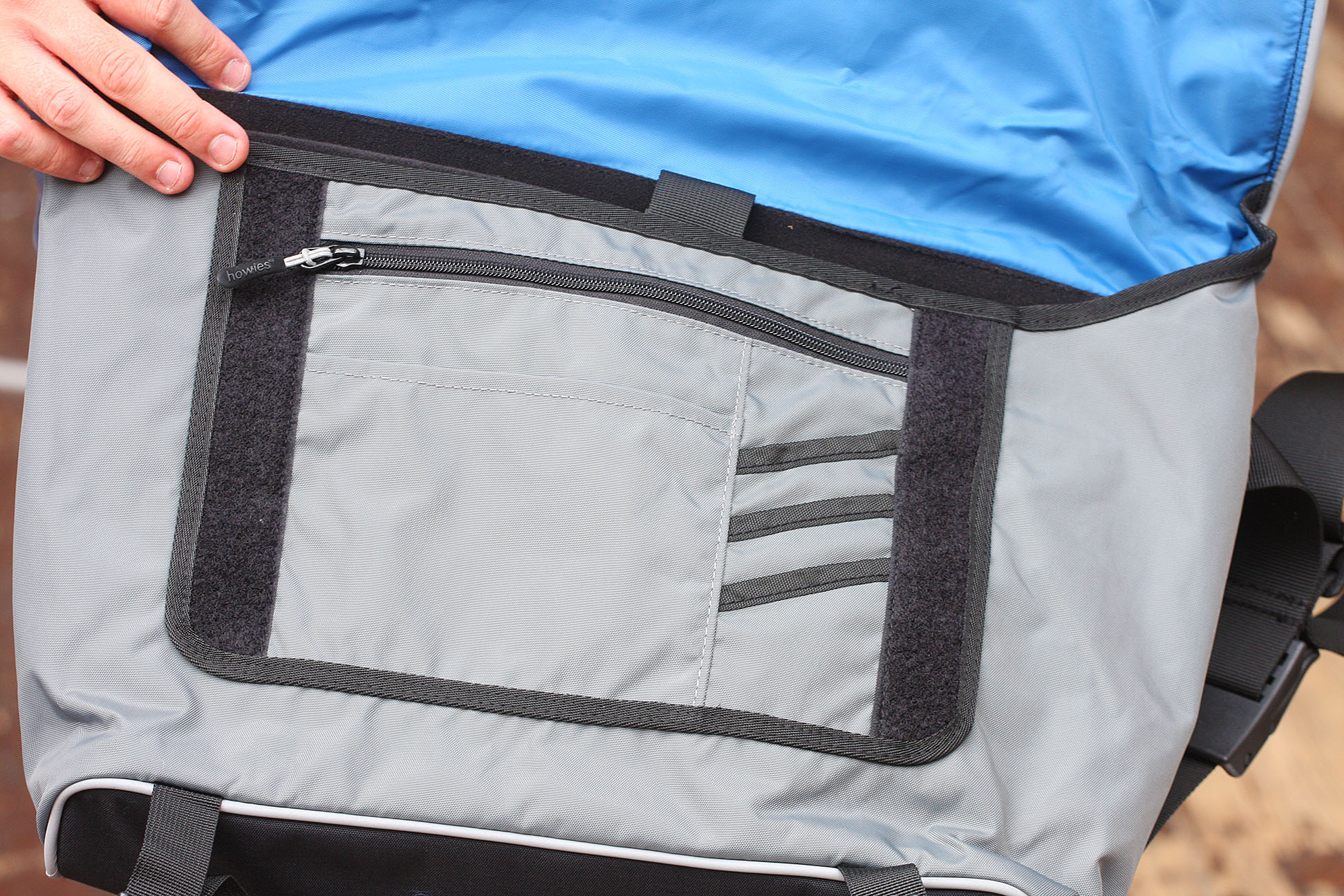 7 Howies Marloes Messenger Bag 4500 Comfy Stable And Practical The 6 In 1 Secret Pouch Organiser Bgo 15