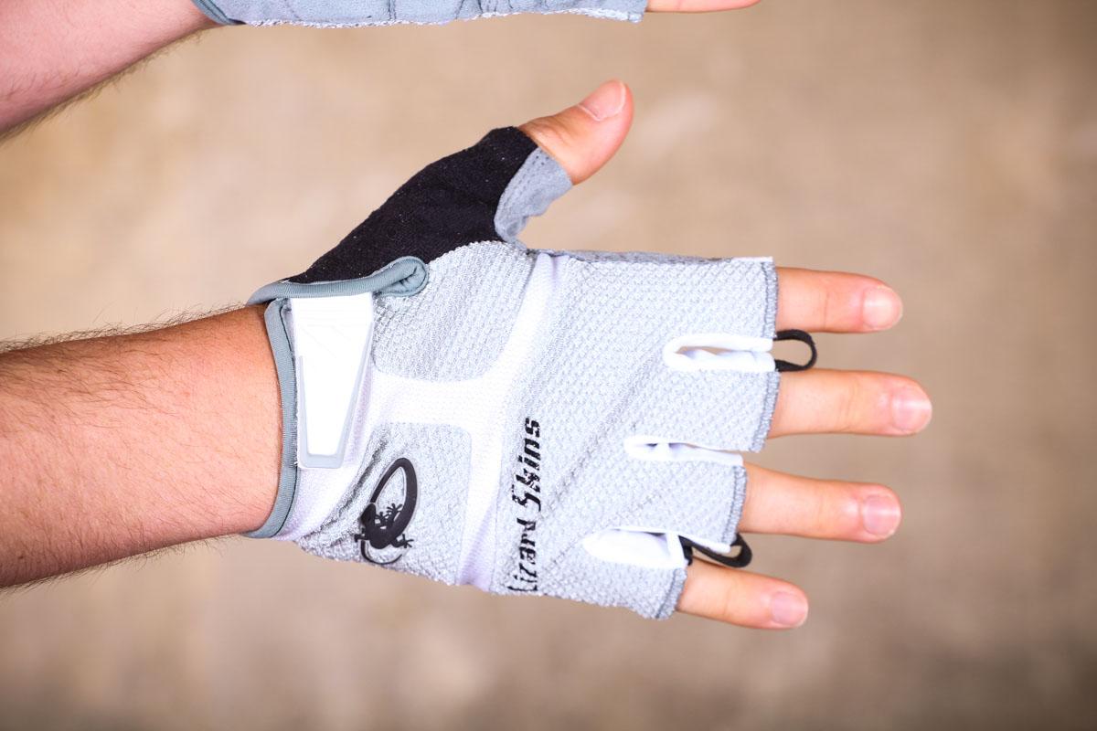 Review: Lizard Skins Aramus GC Gloves | road cc