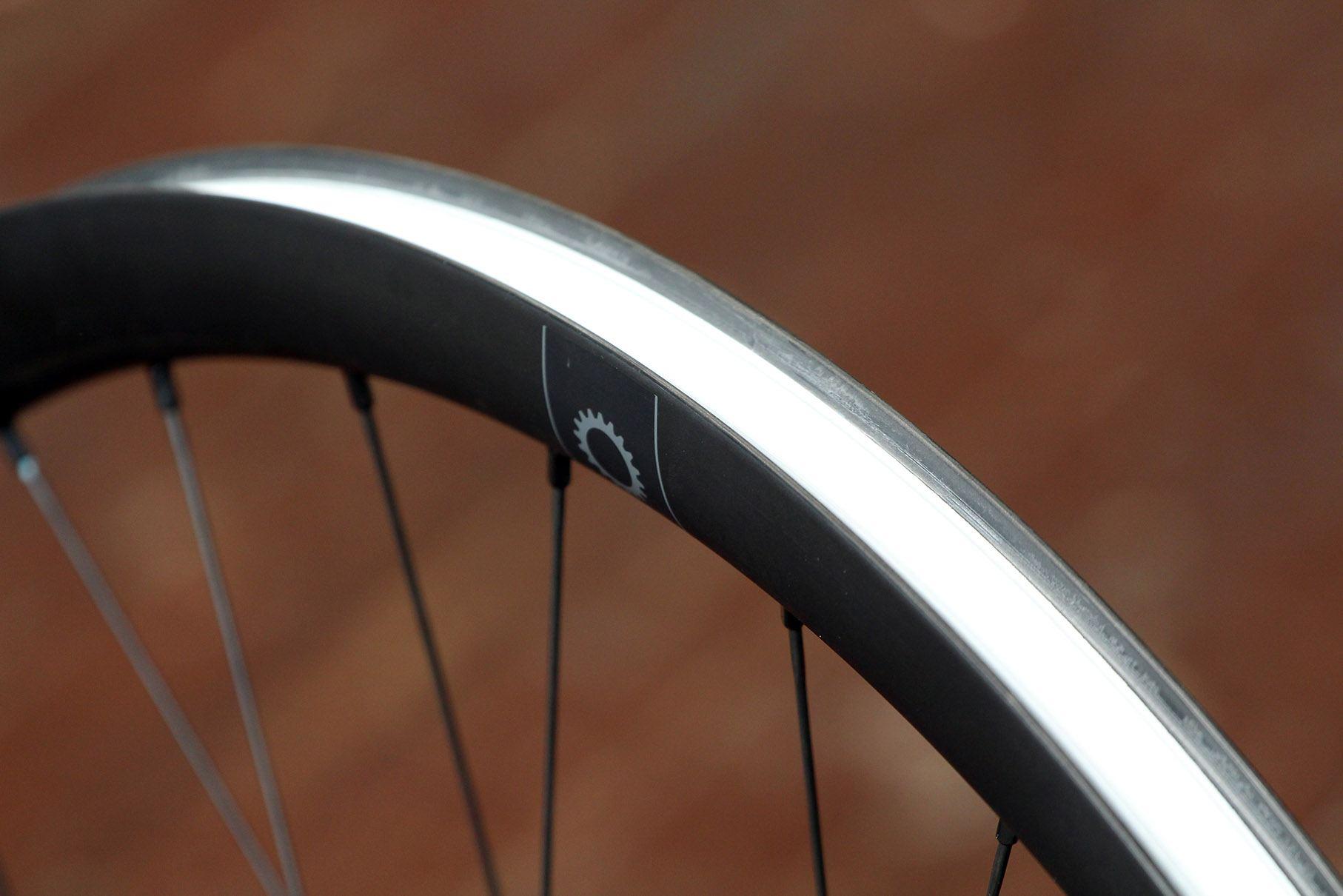 8 Praxis Works Rc21 Wheels 154999 Tough Carbon Fibre Jr Foldable Travel Bag Wide 21 Wheelset Rim Bed
