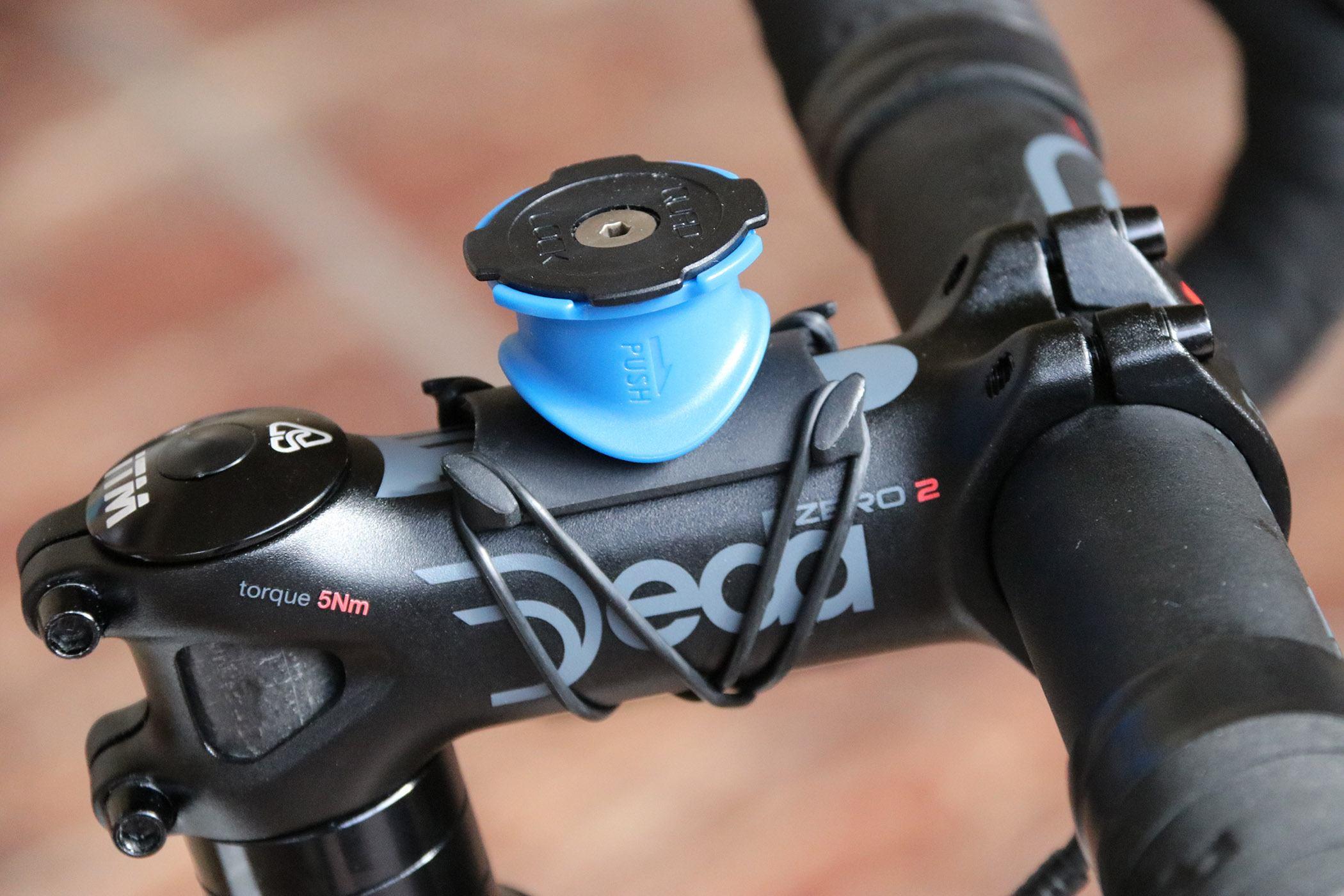 competitive price ecda3 fd3b1 Review: Quad Lock Bike Kit iPhone 7 | road.cc
