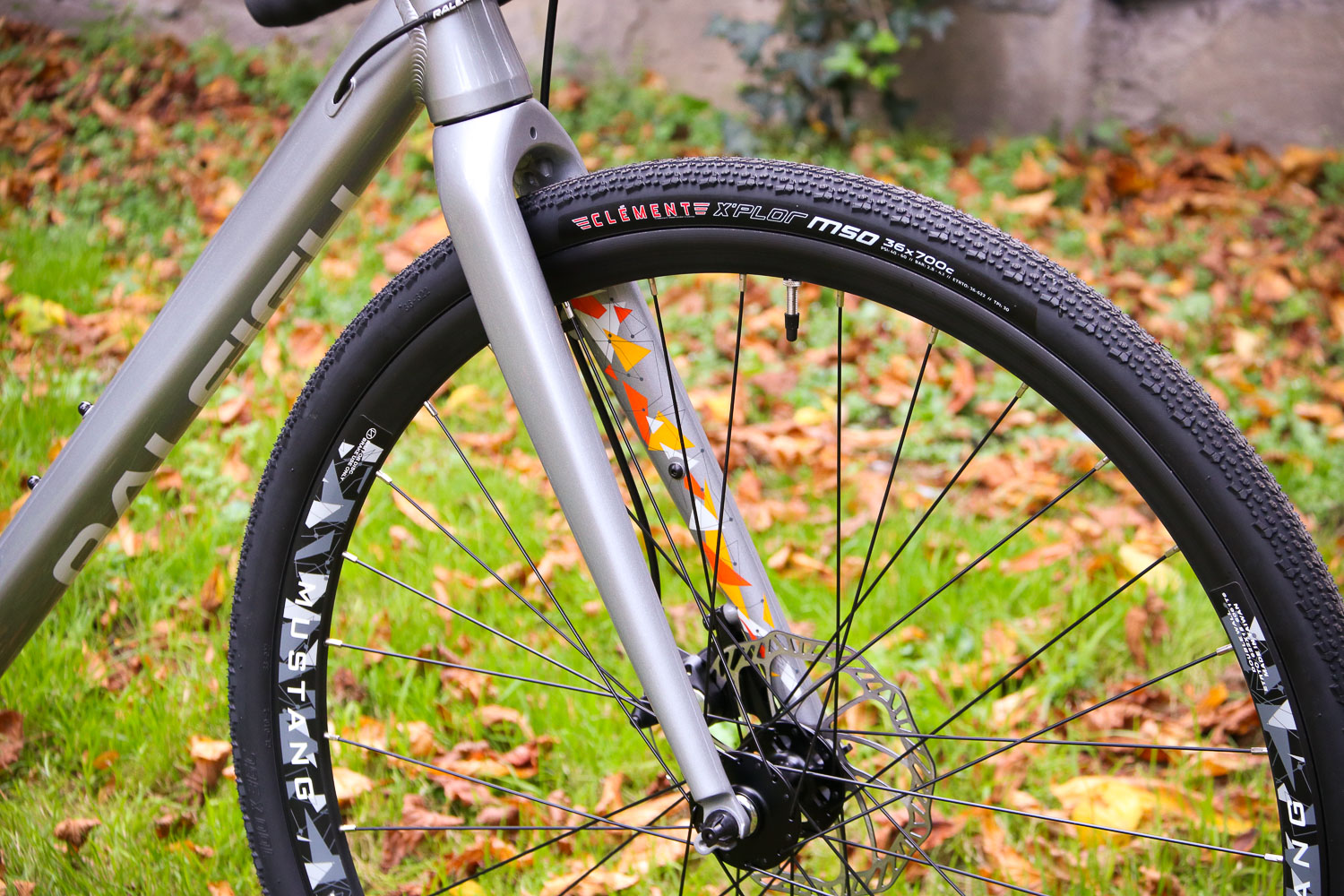 Review: Raleigh Mustang Sport | road cc