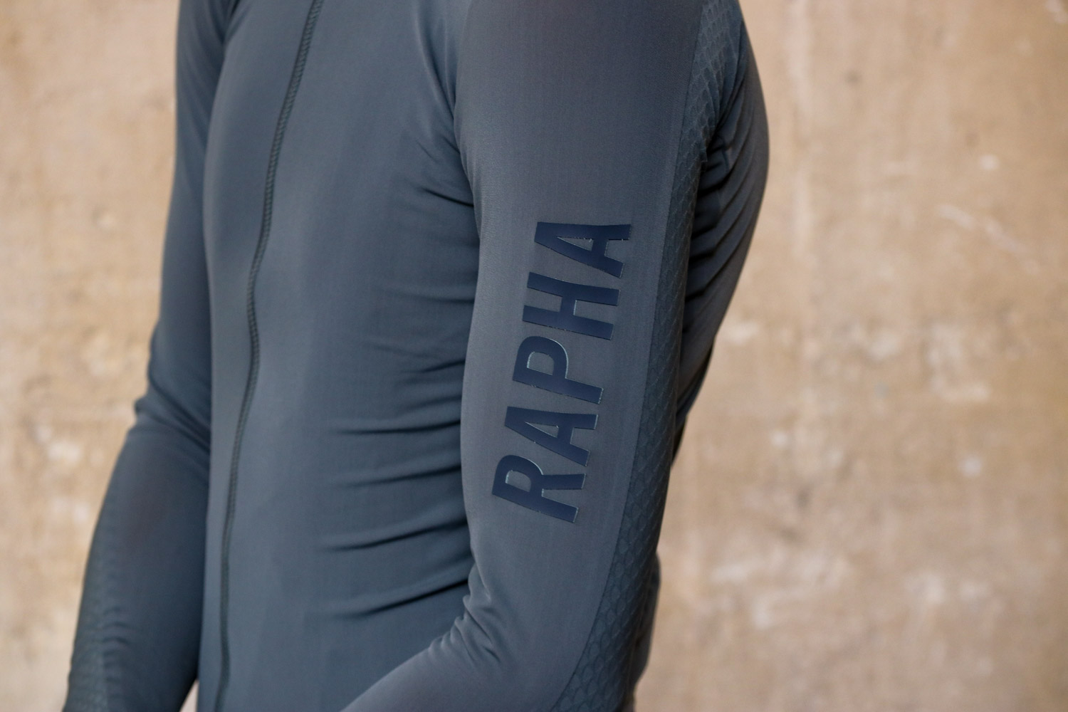 NEW RAPHA PRO TEAM AERO JERSEY COLOURBURN LONG SLEEVE BIKE SIZE LRG L ROADWEAR