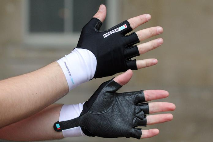 Red Madison Road Race Mens Fingerless Cycling Gloves