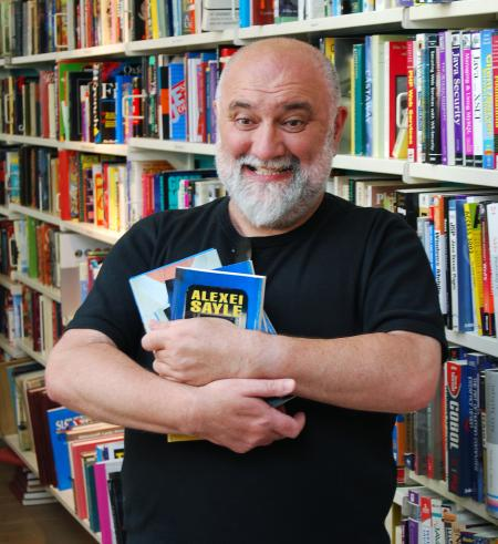 Alexei Sayle (CC BY-ND-ND 2.0 The Spider Hill/Flickr https://www.flickr.com/photos/technoselfharm/)