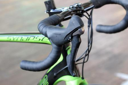 Cannondale Synapse Carbon Ultegra Disc - shifter.jpg
