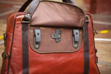 Hill & Ellis Duke Bike Bag - rack clips 2.jpg