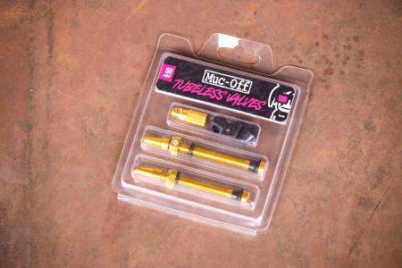 Muc-Off Tubeless Presta Valves - 6mm gold.jpg