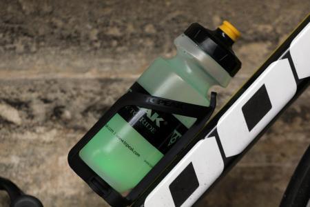 Topeak iGlow Bottle Cage - green.jpg