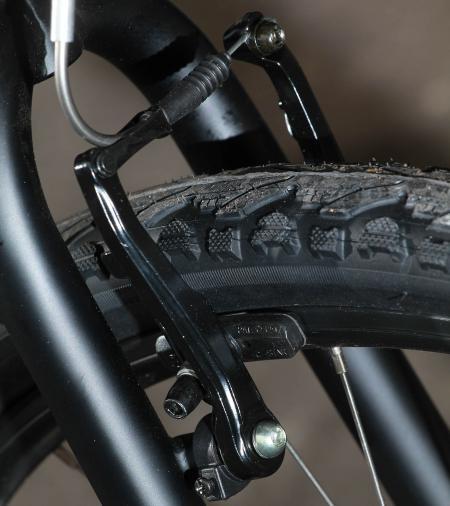 Vitus Vee 1 front brake.jpg