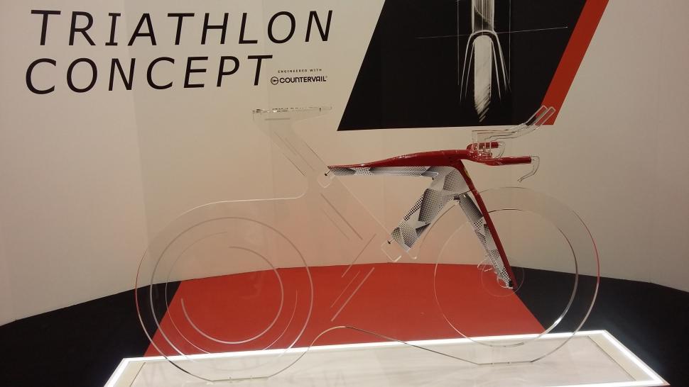 Bianchi Ferrari Triathlon Concept bike