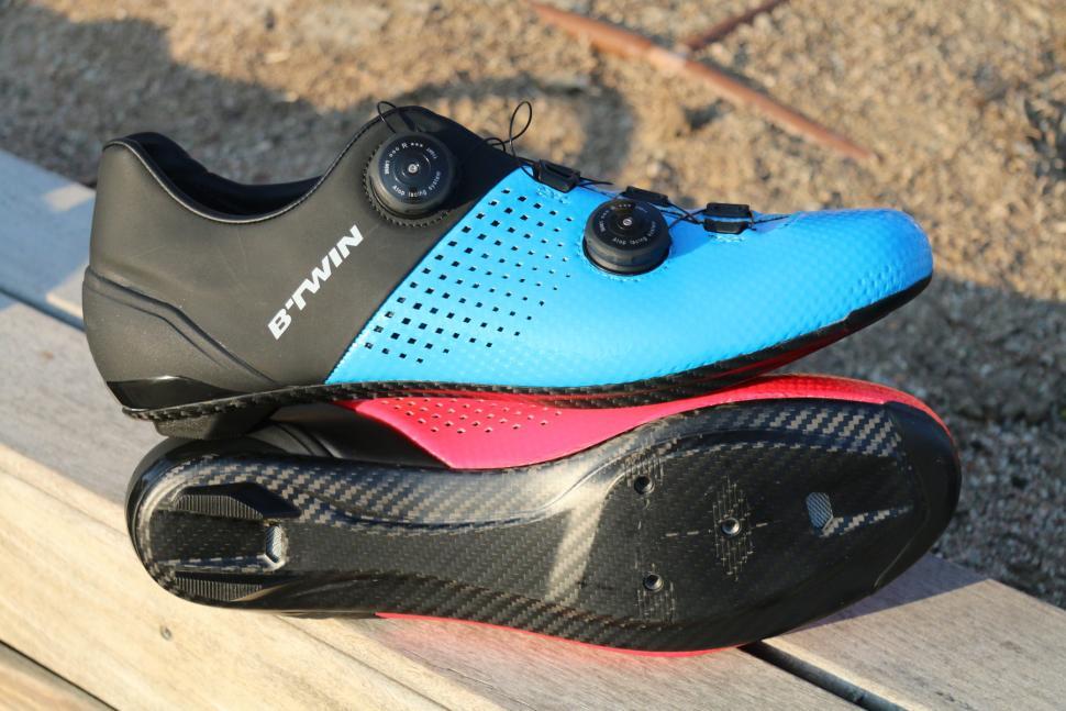 2018 B'Twin 900 shoes 1.jpg