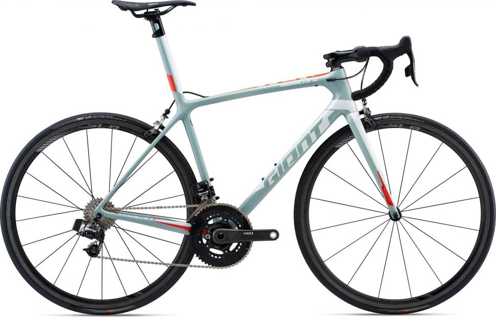2018 Giant TCR Advanced SL 0 RED Gray.jpg