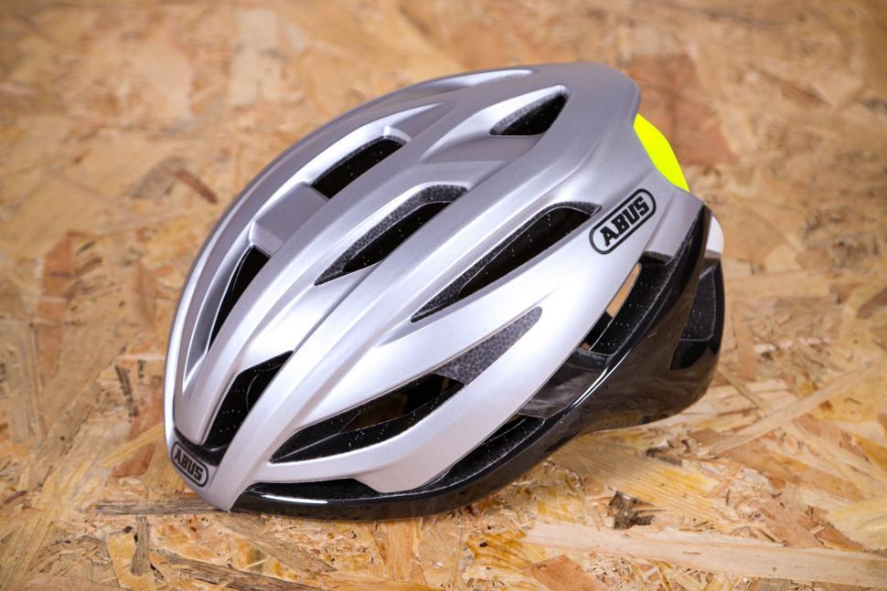 2020 Abus StormChaser helmet.jpg