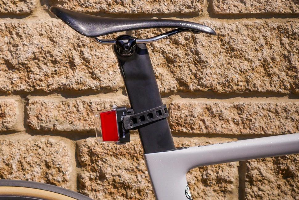 Niterider Sentry Aero Seat Post 260 Lumens LED Bike Rear Bike Tail Light USB