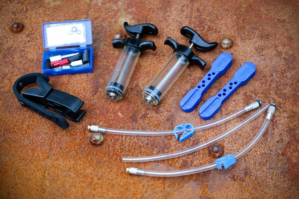 Park Tool BKD-1 Hydraulic Brake Bleed Kit - DOT