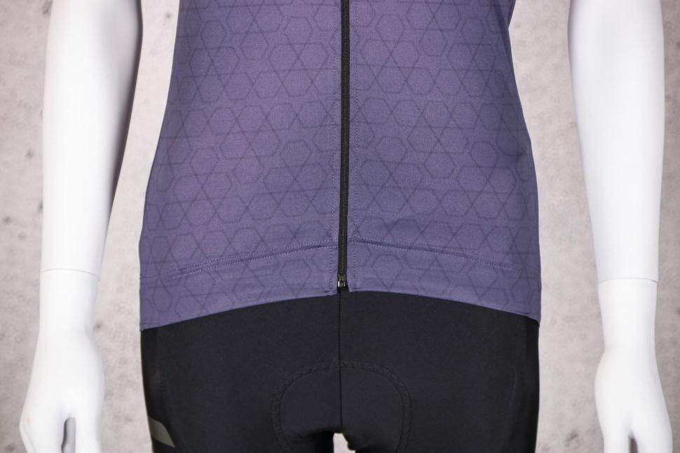 2021 Gore Curve Women's Swimsuit - hem.jpg