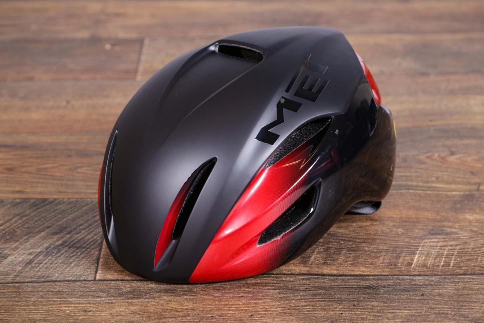 Met Manta Mips Aero Road helmet