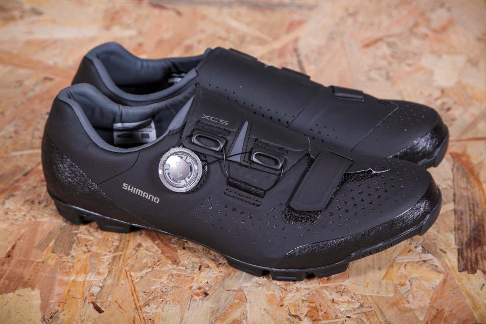 2021 Shimano XC5 SPD Shoes - side.jpg