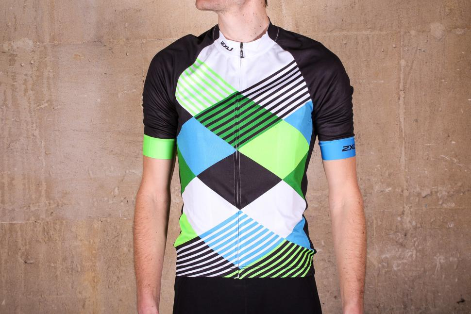 Review  2XU Sub Cycle Jersey  7016af4c4