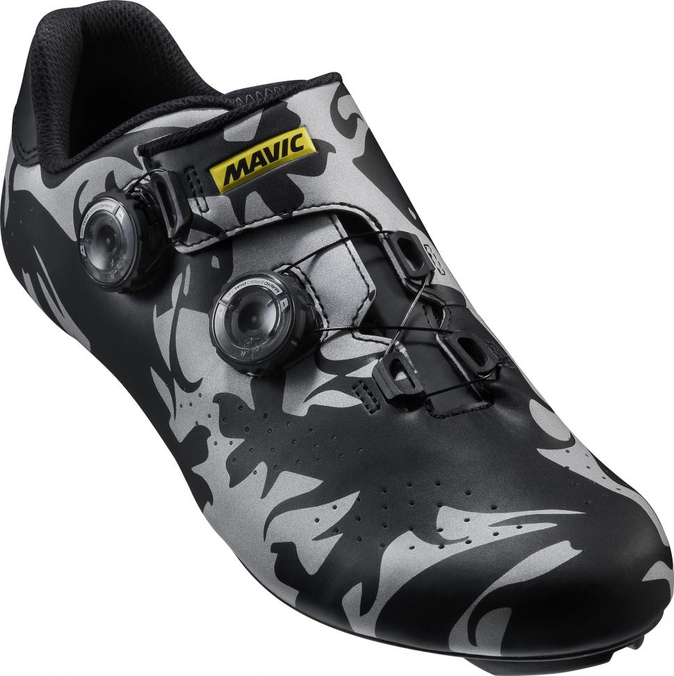Celebrate the Classics in style with Mavic s new limited edition ... 087bdff85