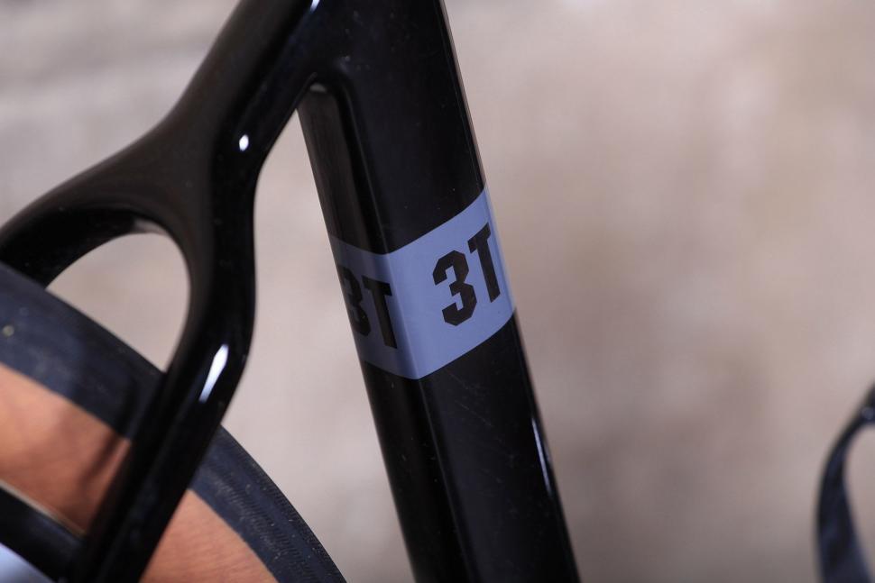 3T Exploro LTD - seat tube detail.jpg