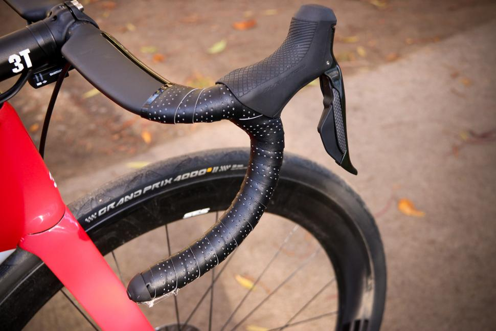 3T Strada - bar and lever.jpg