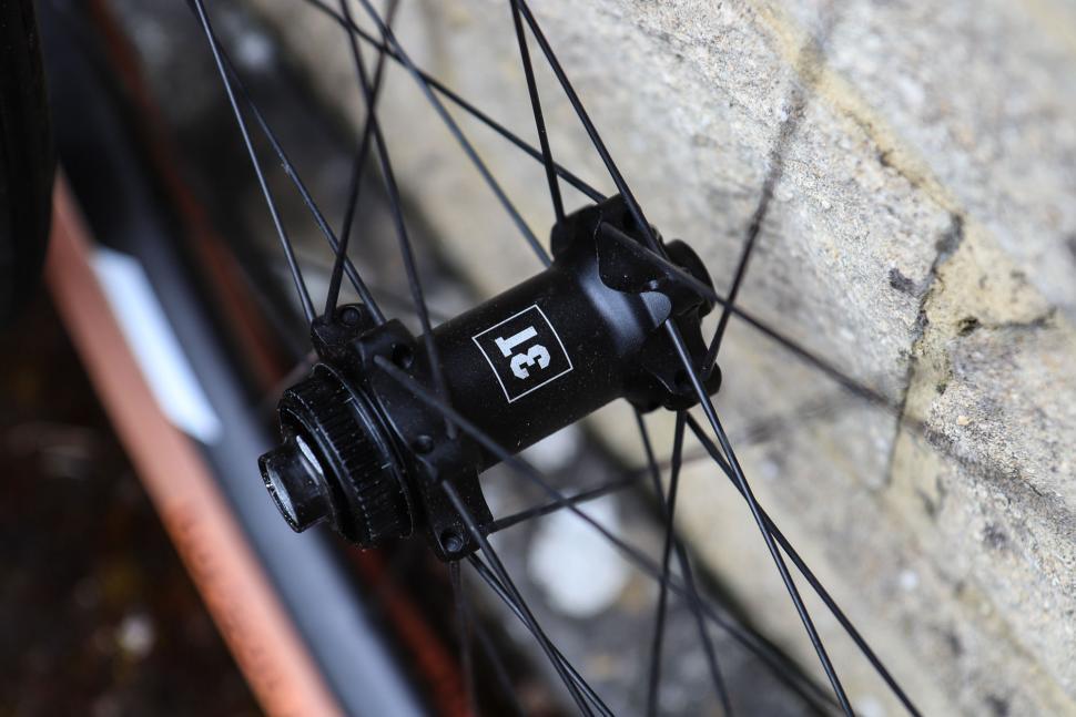 3t_discus_pro_650b_wheels-3.jpg