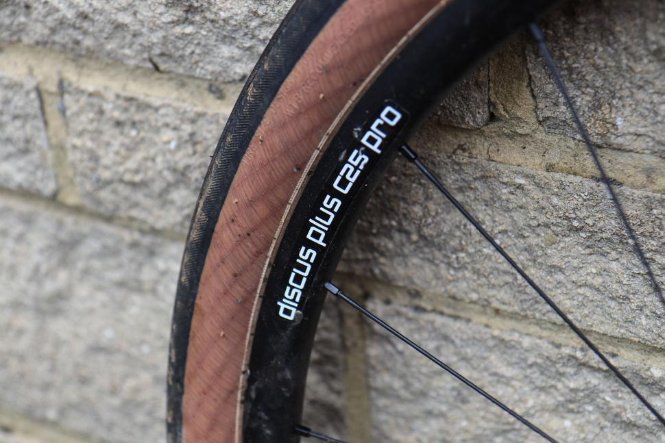 3t_discus_pro_650b_wheels-5.jpg