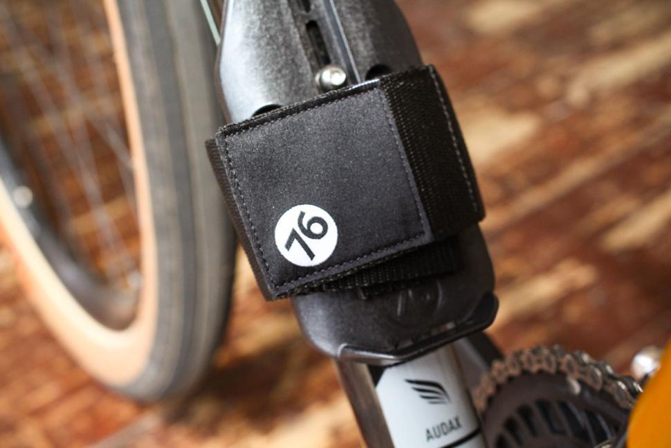 76_projects_piggy_on_bike_storage_-_strap.jpg