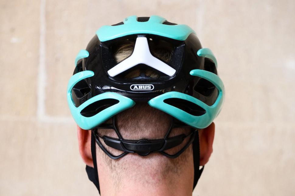 Abus Airbreaker helmet - back.jpg