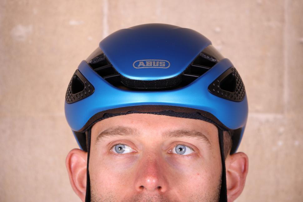 Abus Gamechanger Road Aero Helmet - front.jpg