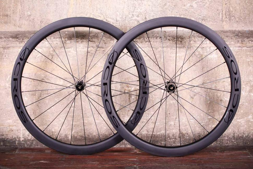 Acros Road-DISC C wheels.jpg
