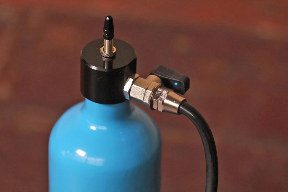 Airshot - valve.jpg
