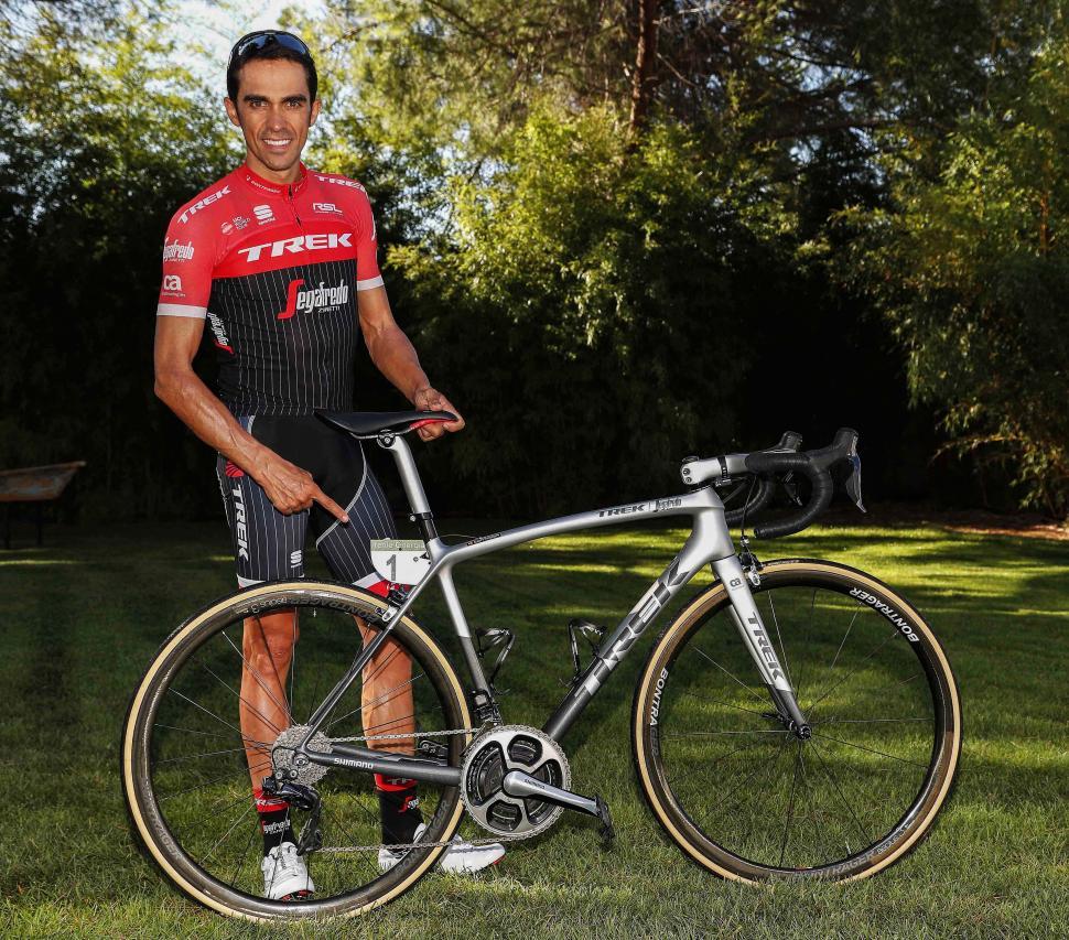 0fb6256a4c7 Alberto Contador gets custom Trek Emonda SLR bike for final race (+ gallery)
