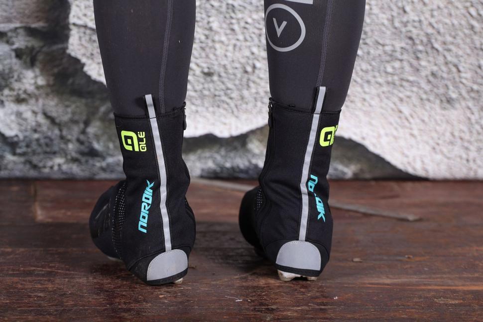 Ale Nordik Shoecover - heels.jpg