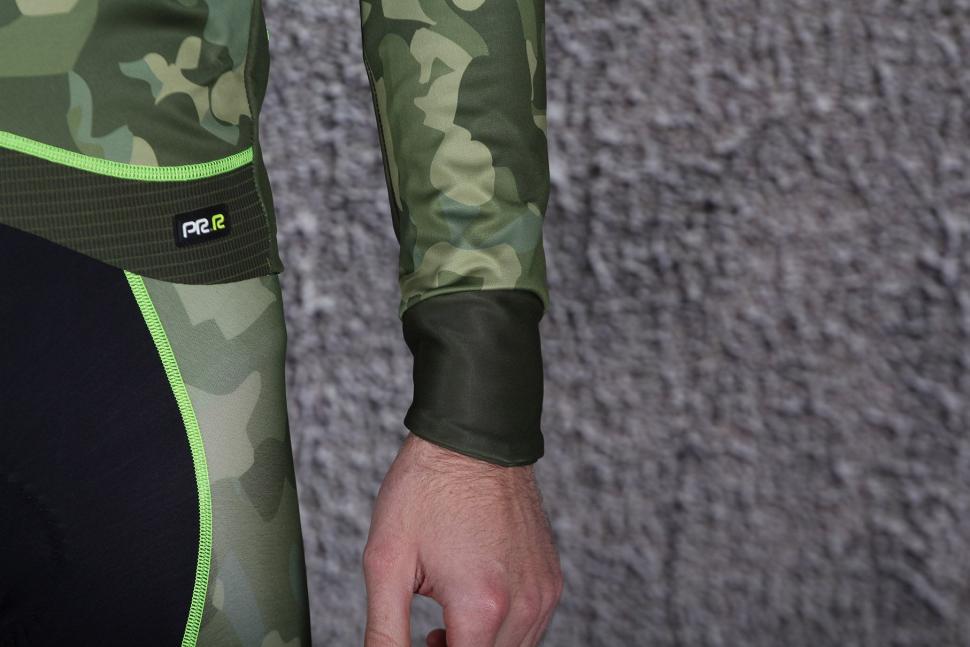 Ale PRR Camo Winter Jacket - cuff.jpg