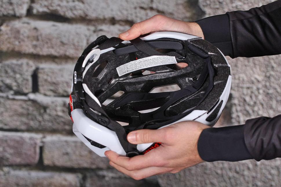 Alpina Road Helmet Valparola RC - inside.jpg