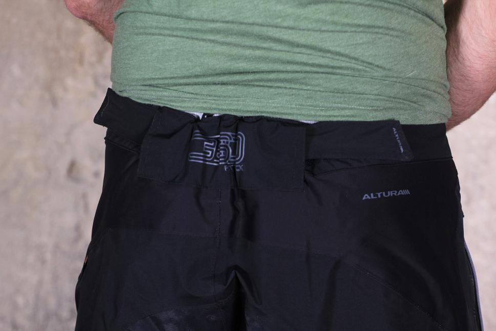 Altura Attack Waterproof Shorts - waist.jpg