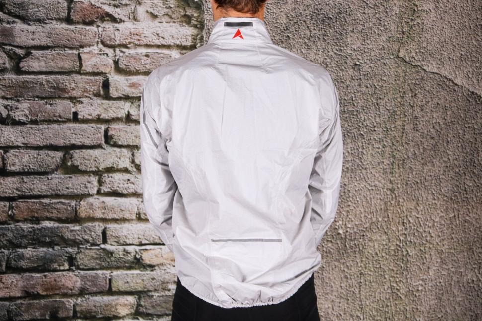 Altura Classic Waterproof Jacket - back.jpg