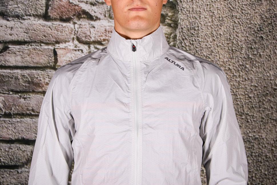 Altura Classic Waterproof Jacket - chest.jpg