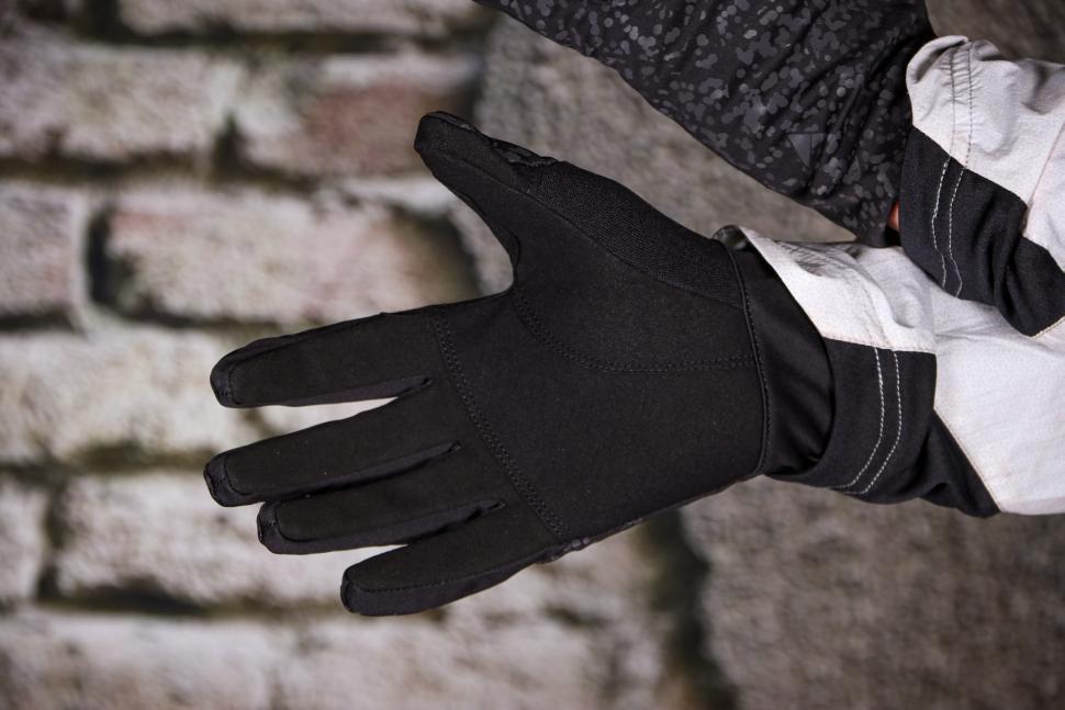 Altura Firestorm Glove - palm.jpg