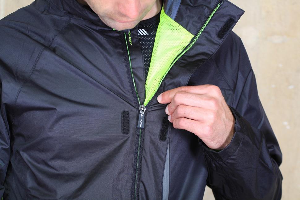 3 Altura Mens Nevis III Waterproof Jacket