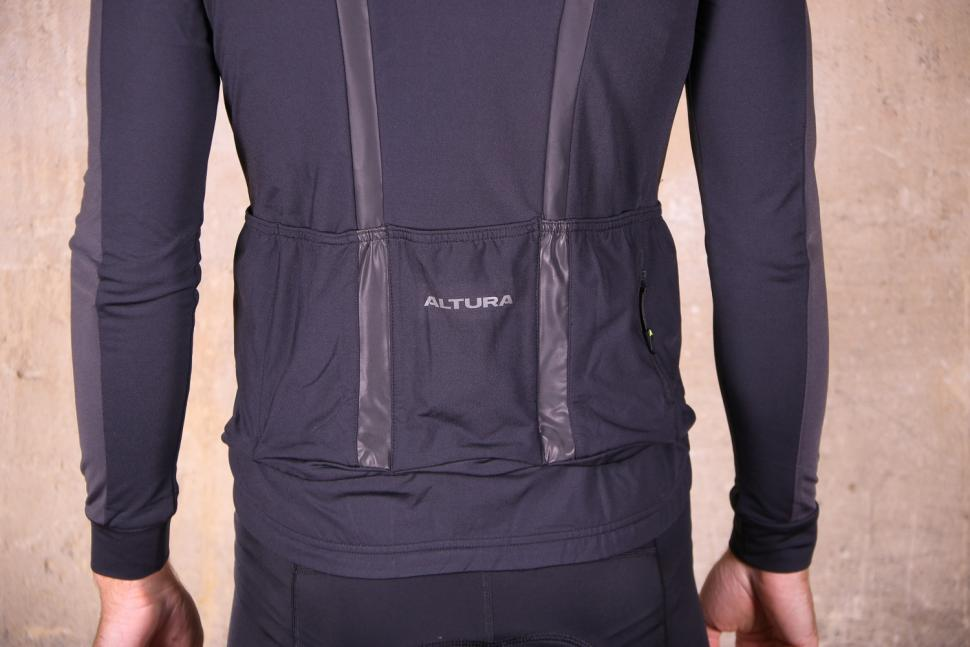 Altura Nightvision 2 Thermo long Sleeve Jersey - tail.jpg