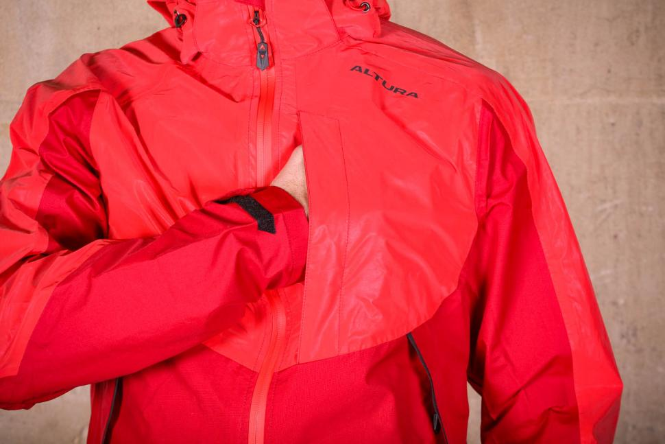Altura Nightvision Thunderstorm Jacket - chest pocket.jpg