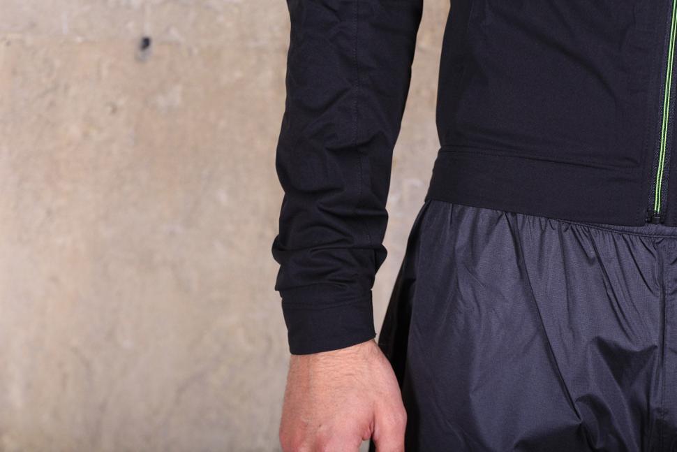 Altura Podium Elite Softshell Jacket - cuff.jpg