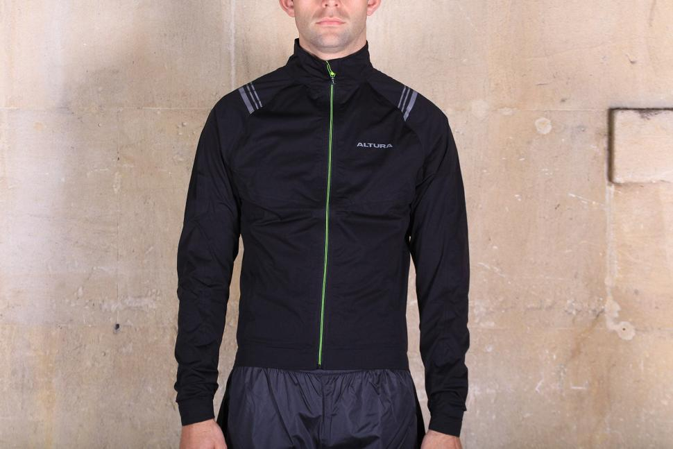7c171094f Review: Altura Podium Elite Waterproof Jacket | road.cc