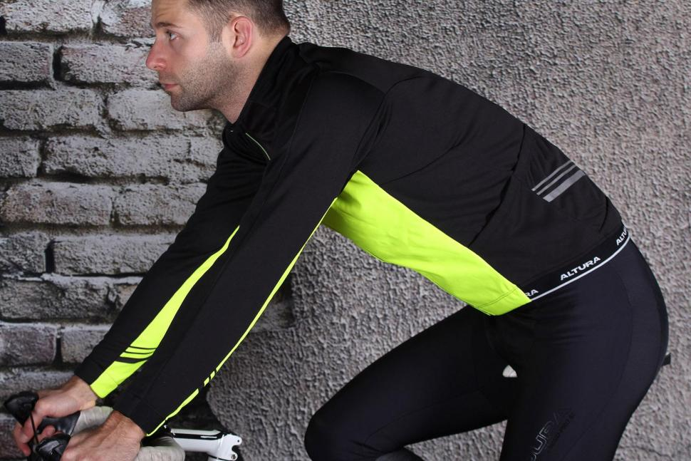 Review  Altura Podium Elite Thermo Long Sleeve Jersey  0e6425f6c